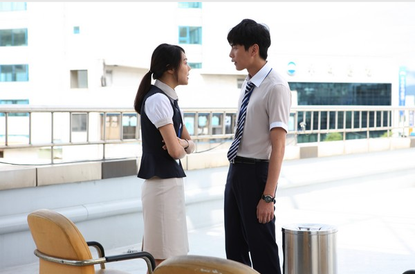 A scene of Temperature of love (photo by LOTTE Entertainment )